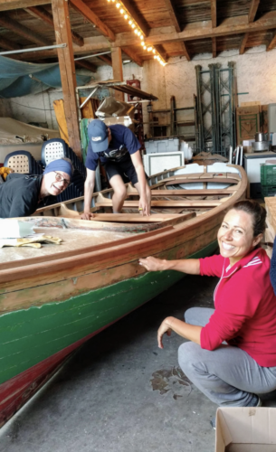 Petite_barque_restauration_section_sauvetage_amphion_s